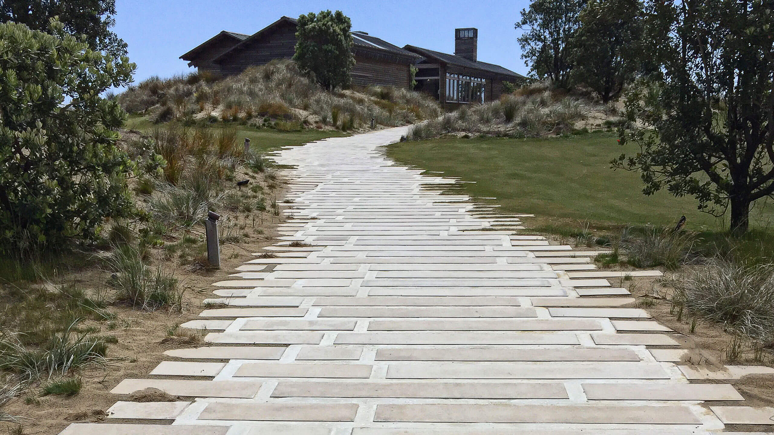 Driveways & paths - Peter Fell Coloured Concrete NZ