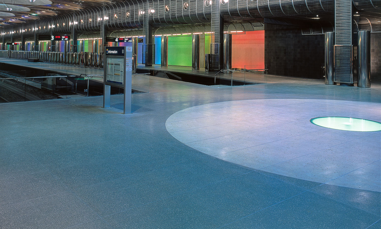 c2 commercial polished concrete floor in Britomart train station